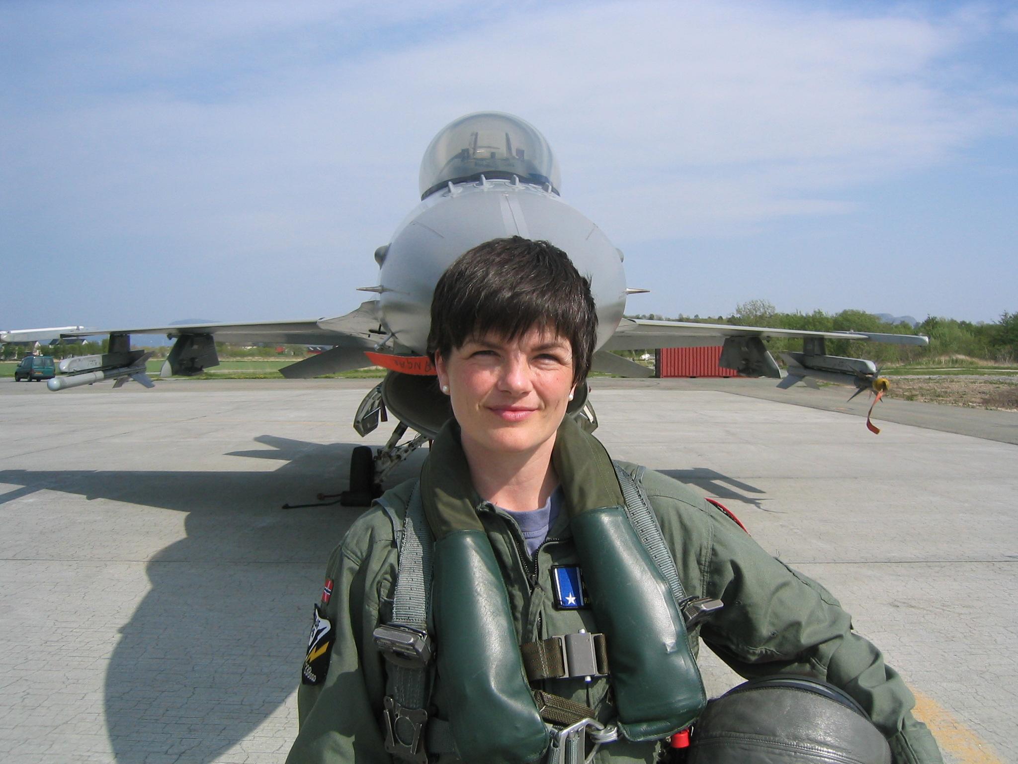 Female Aviators - Page 7